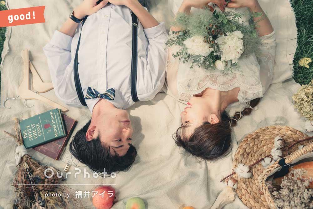 フォトギャラリー「「初心者の私達にポーズの提案」初夏の牧場でカップルフォトの撮影」の撮影