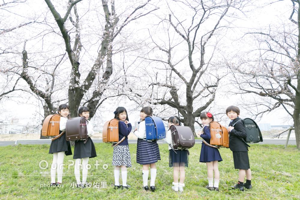 桜_小学校入学記念_友だち