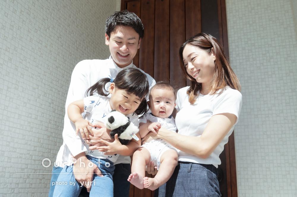 「子供のペースに合わせて撮影」日常の一コマのような家族写真の撮影