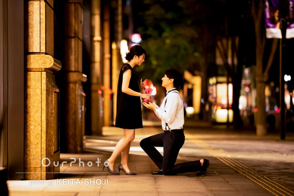 映画のワンシーンのよう!ロマンチックなカップルフォトの撮影