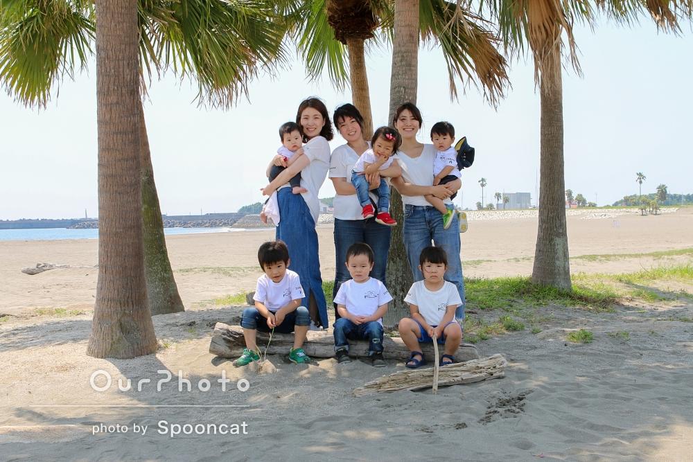 「旅行の思い出に、友人家族と記念撮影をしてほしい」旅行先での仲良し親子グループフォト