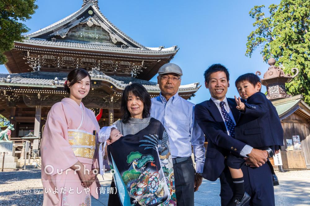 「たくさんご提案いただき素敵な写真に」神社にてお宮参りの撮影