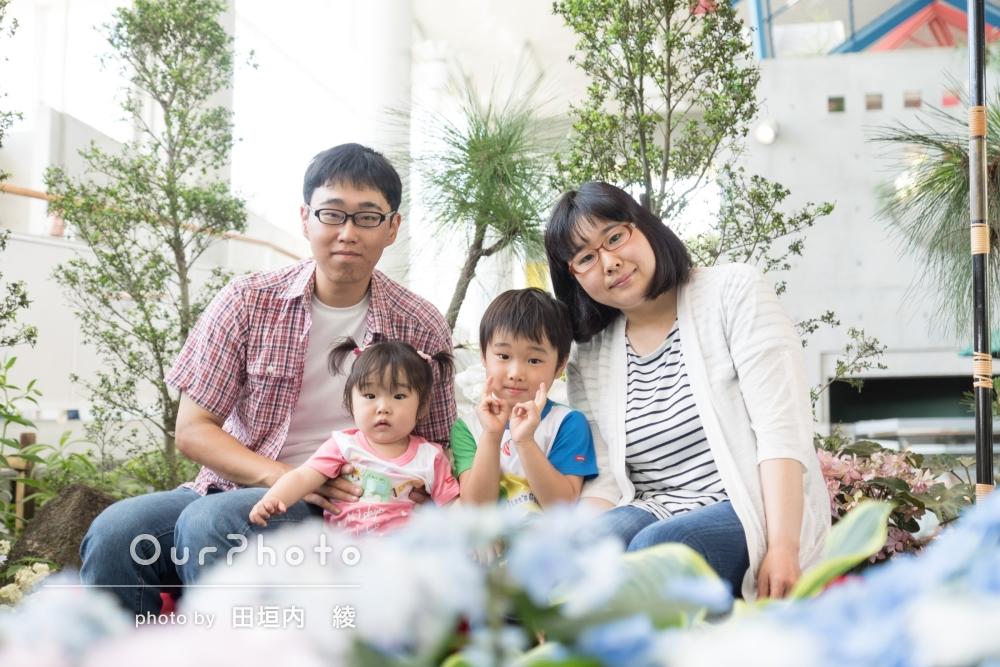 「なかなか家族で撮る機会がないのでとても良い記念になる1歳の家族写真になりました。」家族写真の撮影