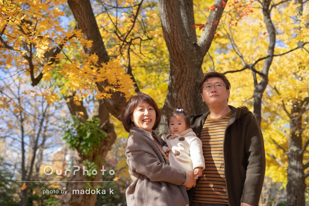 「ナチュラルで柔らかい雰囲気に」誕生日記念に銀杏並木で家族写真の撮影
