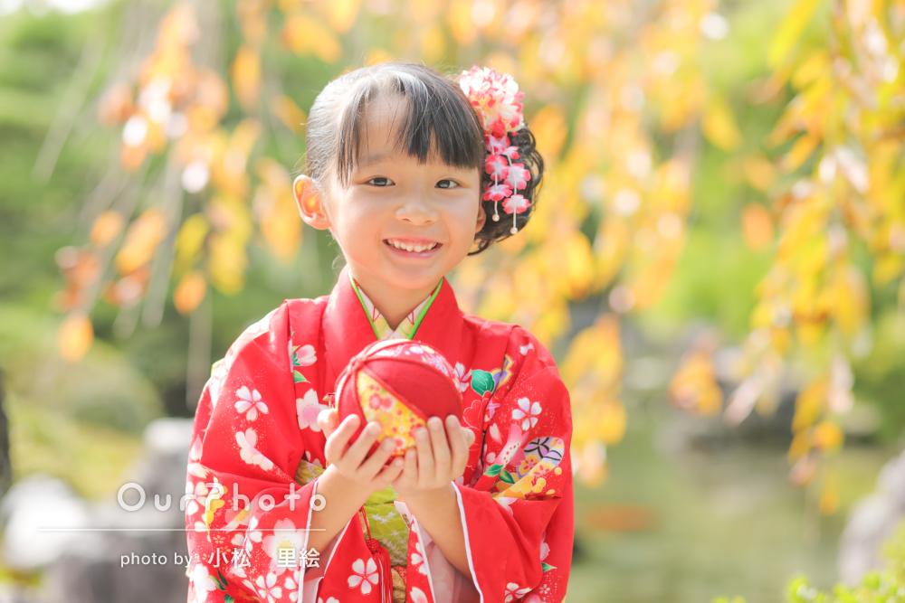 「いつのまにか娘も自然な笑顔に」7歳の七五三詣りの撮影