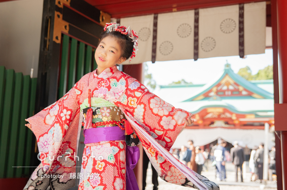 伝統的な着物と髪飾りで気分はお姫様!7歳の七五三の撮影