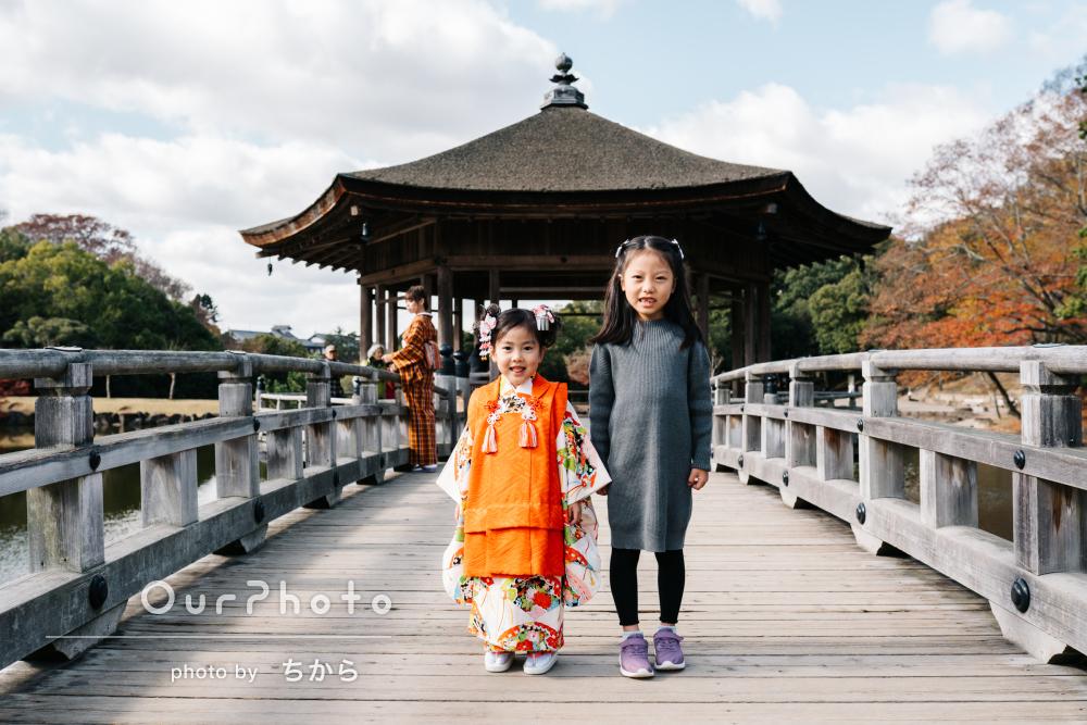 「自然体な写真にしていただきました」紅葉が見頃の神社で七五三の撮影