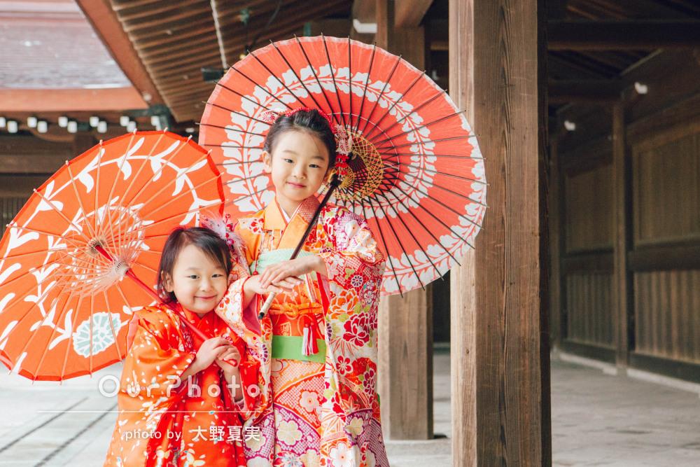 赤いお着物がおそろい!楽しそうな笑顔に溢れた姉妹の七五三の撮影