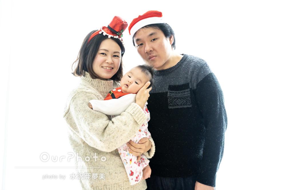 「かわいい写真に満足」家族が増えた記念に自宅で年賀状用の家族写真撮影