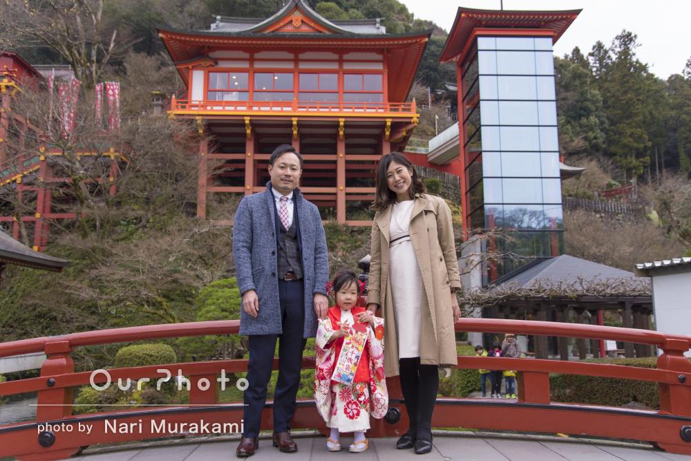 「素敵な写真を撮って頂きありがとう」美しい神社で3歳七五三写真の撮影