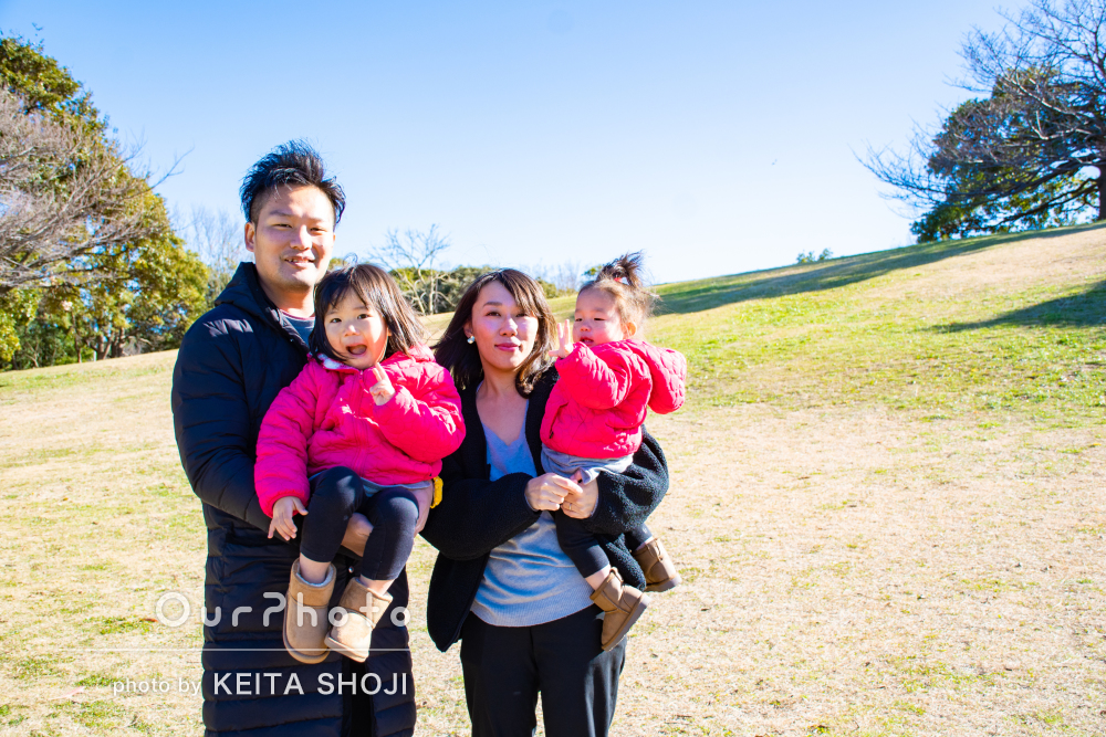 「遊んでいる自然な姿もたくさん撮影していただき」家族写真の撮影