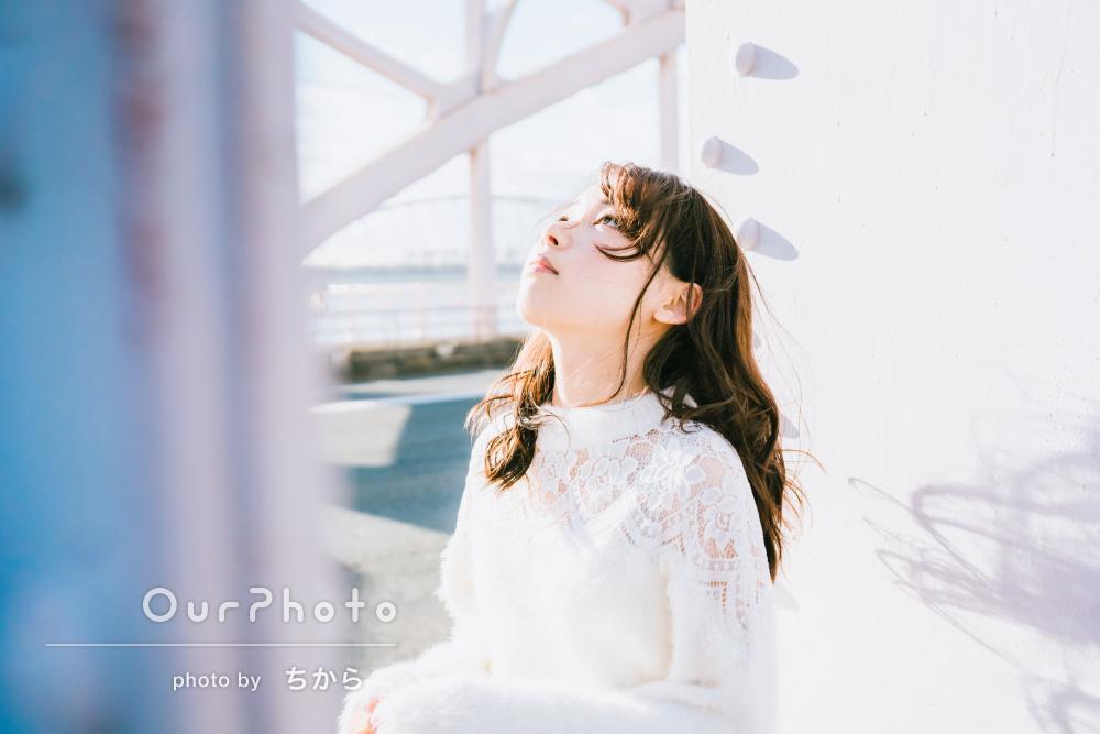 いっぱいの光を集めて 透明感あふれる女性プロフィール写真の撮影
