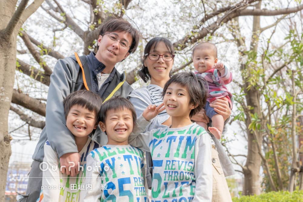 「次の機会にもお願いしたい」カメラが苦手な子も笑顔!家族写真の撮影