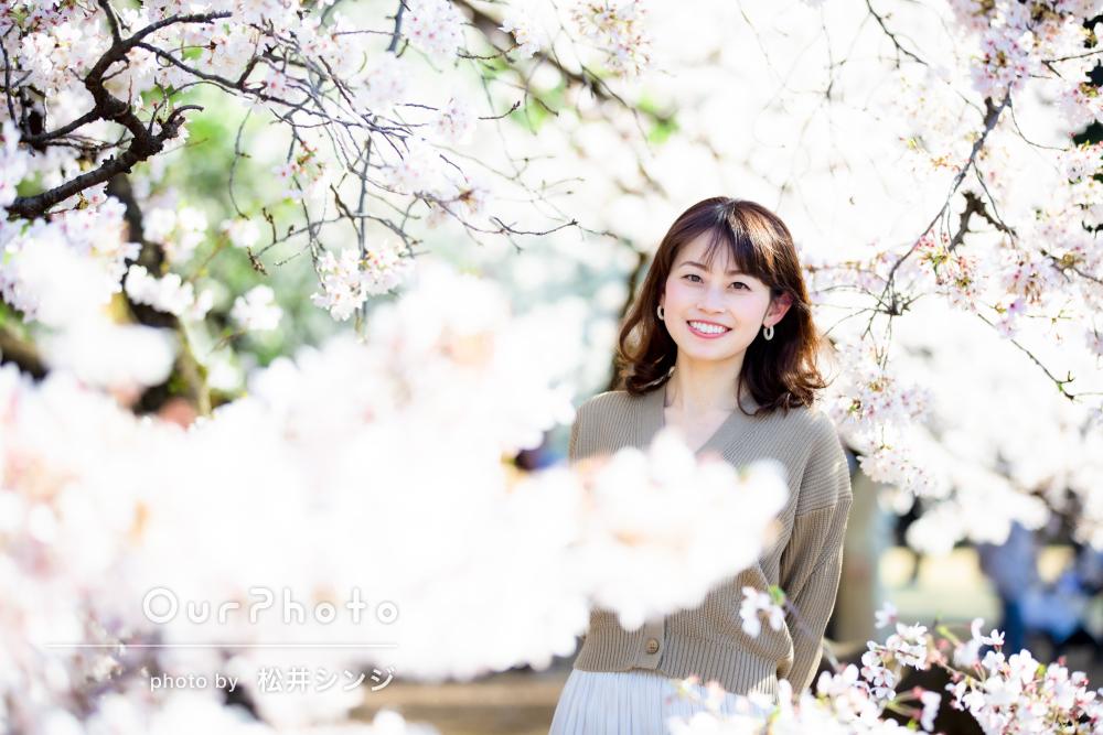 「1時間があっという間」春らしく明るい雰囲気のプロフィール写真の撮影