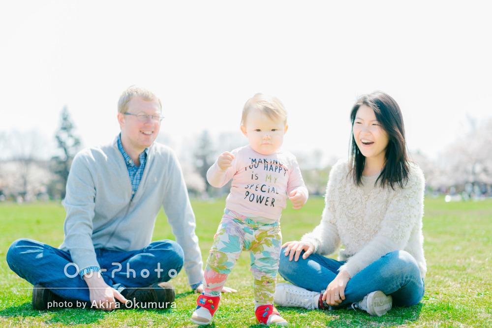 「自然な笑顔をいっぱい」1歳のあんよ記念にご家族の撮影