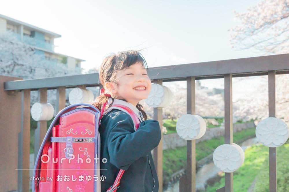 「お願いを聞いていただけて助かりました」入学記念に家族写真の撮影