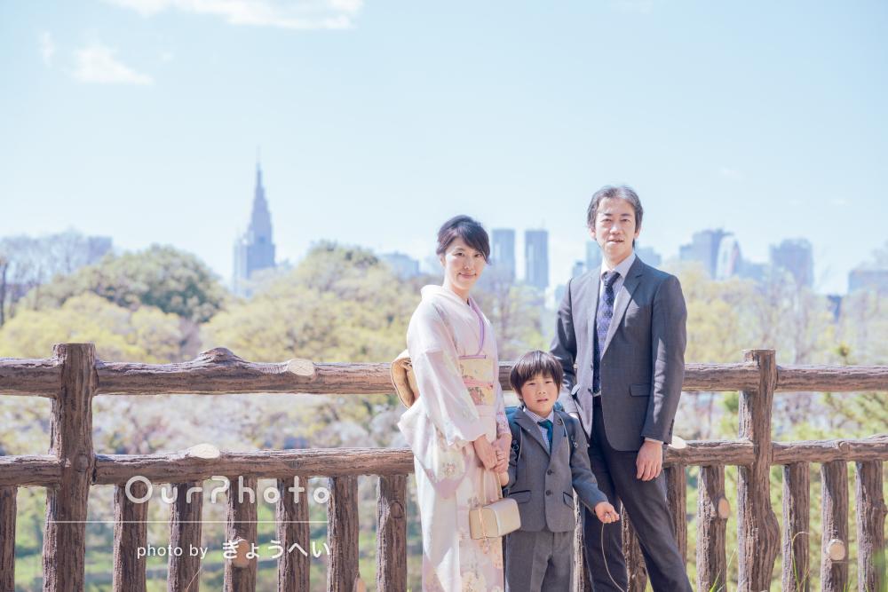 「桜と春のやわらかな雰囲気がでていてとても感激」家族写真の撮影