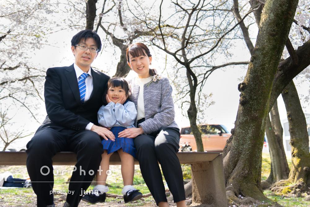「娘も楽しかったようです」満開の桜と一緒に!家族写真の撮影