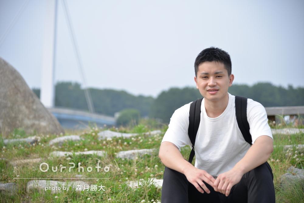 爽やかな初夏!潮風を感じる公園で男性プロフィール写真の撮影