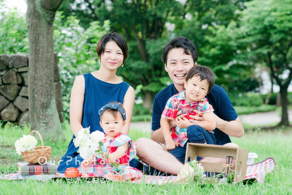 「和やかな雰囲気の中で、家族全員の自然な表情を」家族写真の撮影