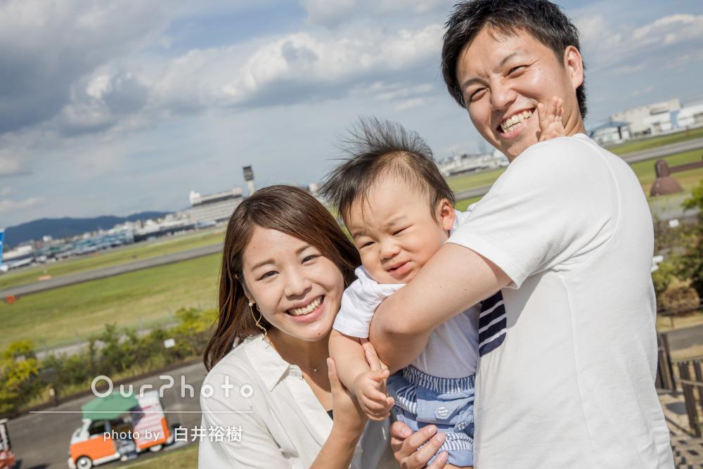 「笑顔になるよう工夫して、良い場面を撮って」家族写真の撮影