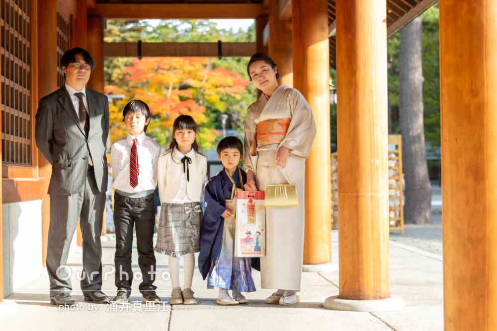 「集中力が切れそうな子供に粘り強く付き合って」5歳の七五三詣りの撮影