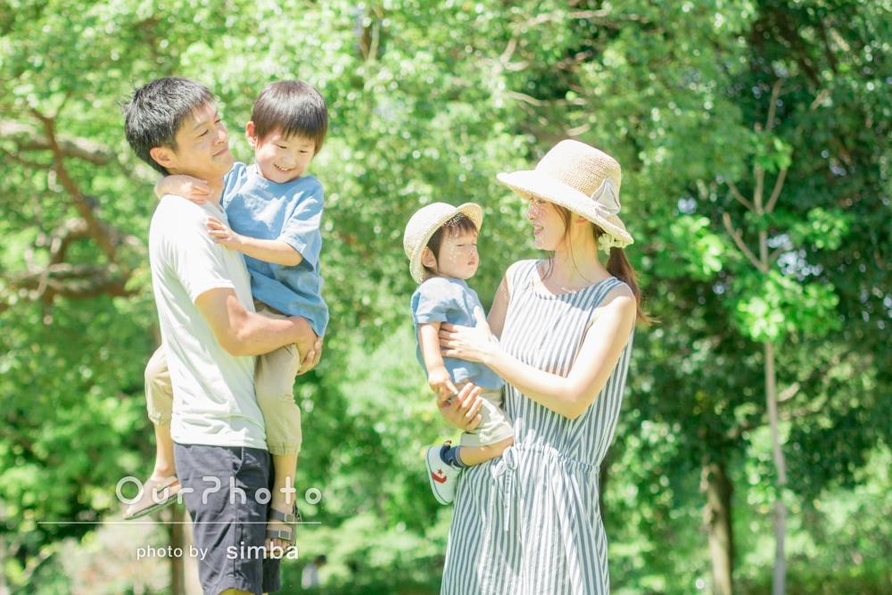 「休憩を挟んでくれたり、こども達の名前を覚えて話しかけてくれたりと、とても優しく丁寧な対応をして下さいました」家族写真の撮影