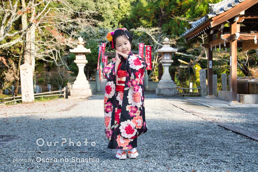 大人っぽい牡丹の着物と日本髪でまるでお姫様の7歳七五三を撮影