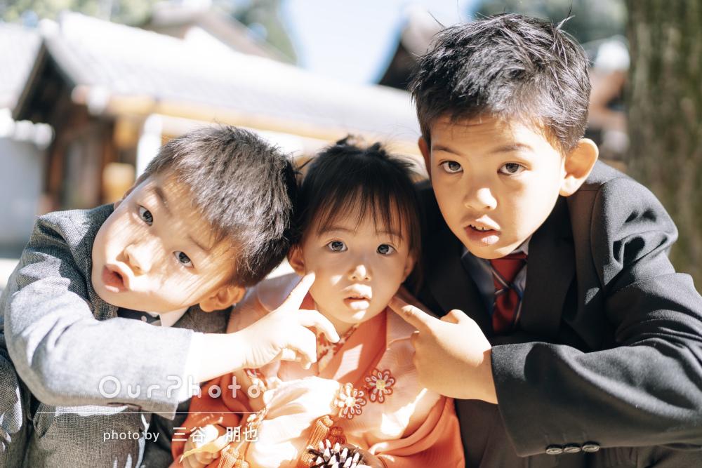 「終始子供達のペースに合わせて」二人の兄と一緒に3歳の七五三撮影