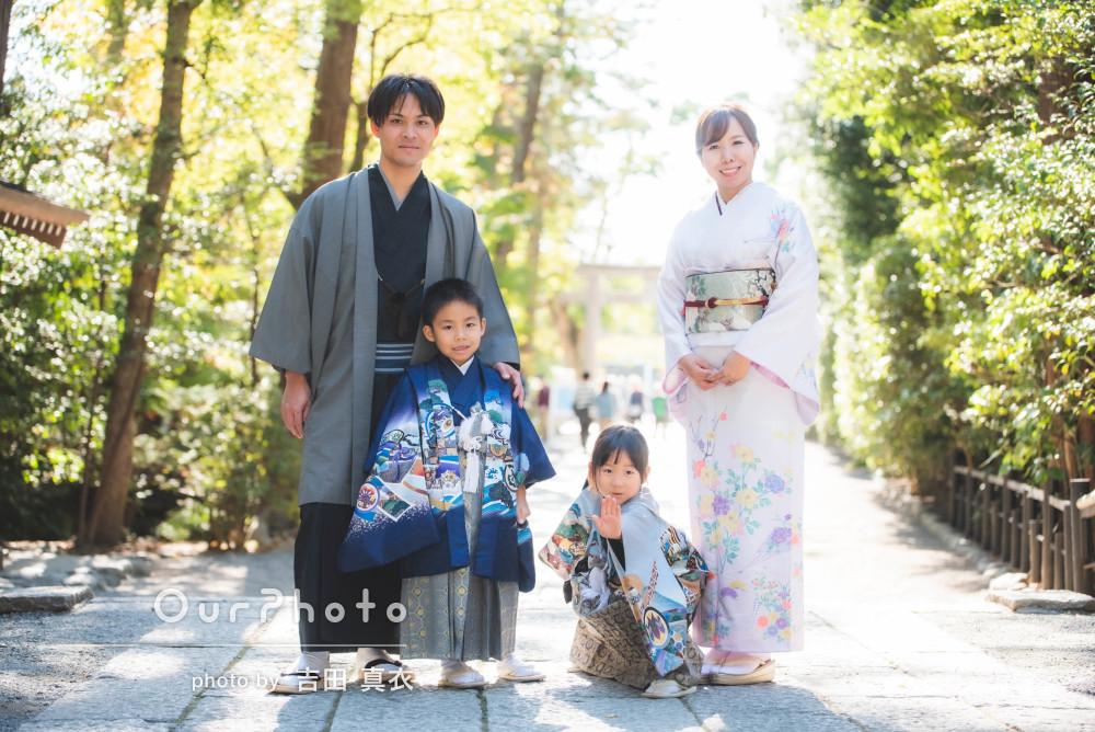「撮影スポットのおすすめなど事前に調べ」家族全員が着物の七五三写真