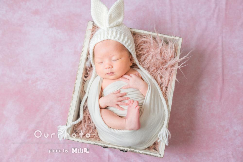 「赤ちゃんの扱いも慣れていらっしゃり、安心」ニューボーンフォトの撮影