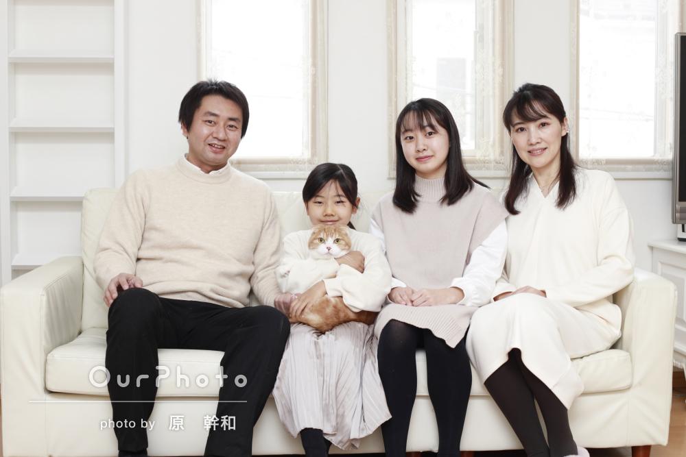 「とてもいい記念になりました」愛らしい猫ちゃんと家族写真の撮影