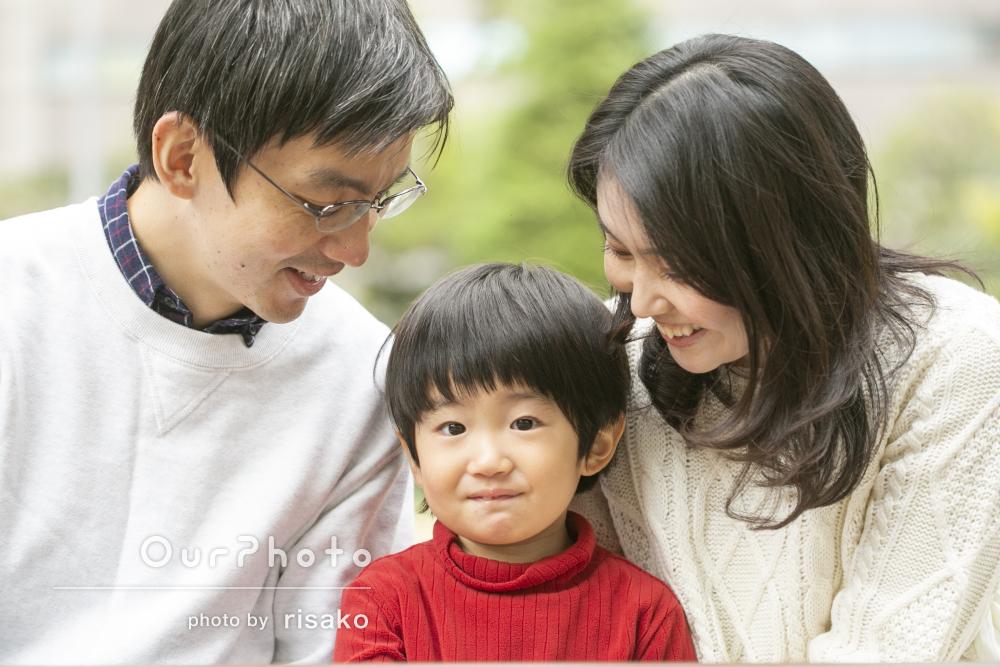 「子供と沢山お話して頂き、笑顔を引き出して」家族写真の撮影