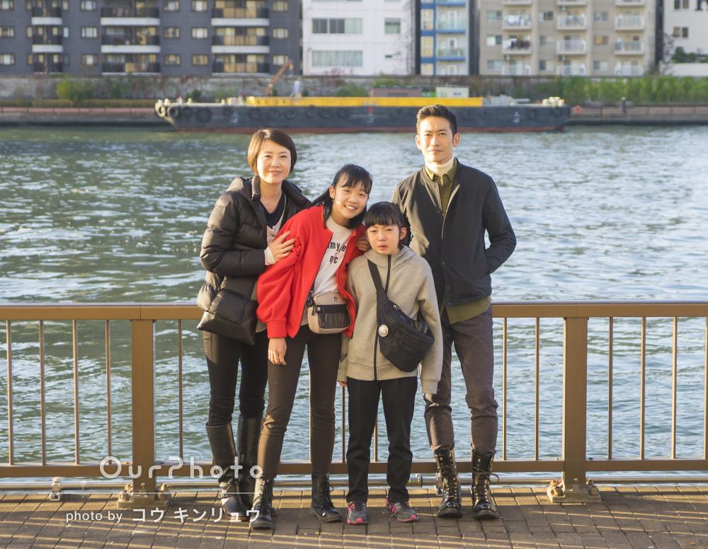「自然で素敵な写真を撮っていただきました」年賀状用の家族写真の撮影