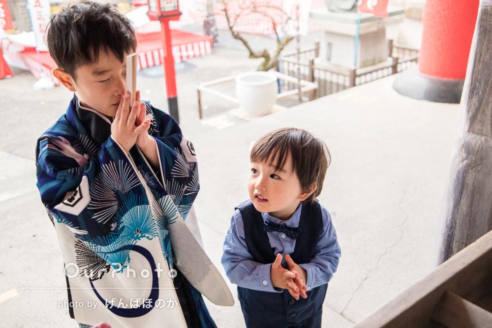 「細かいお心遣いに感謝しております」羽織袴姿の男の子の七五三の撮影