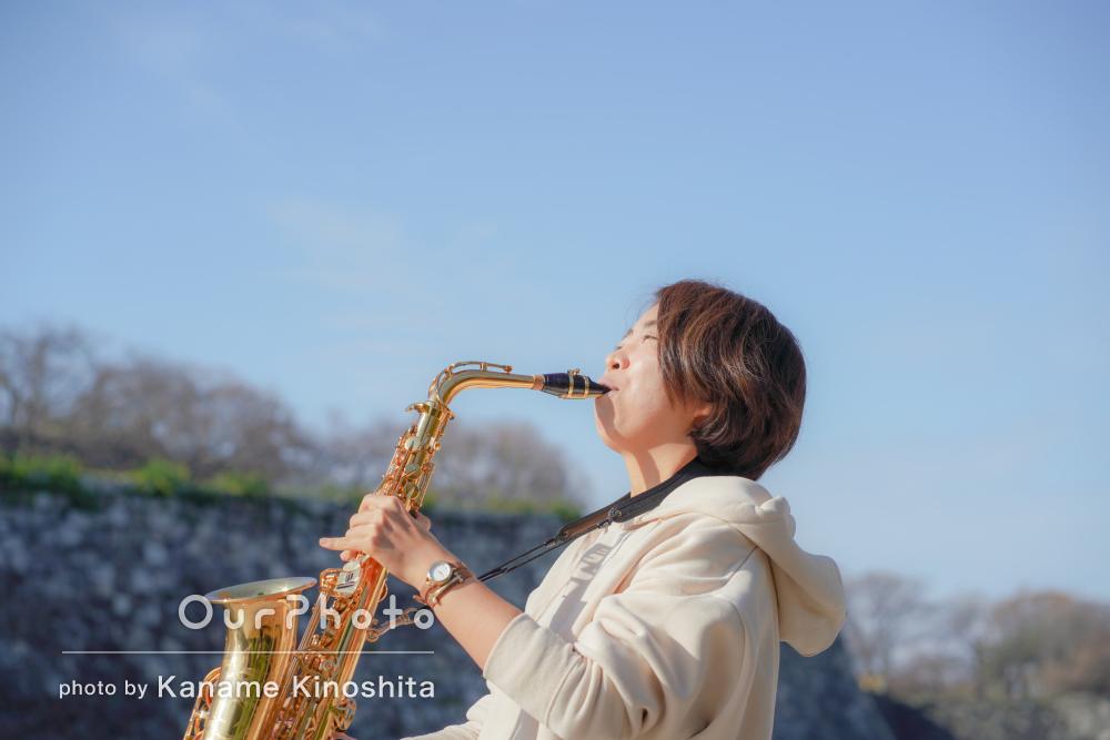「撮影楽しかったです!」楽器を演奏しながらプロフィール写真の撮影