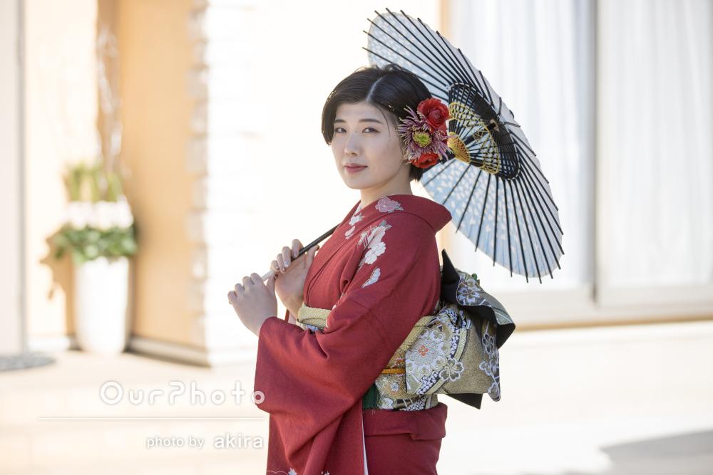 「 とても素晴らしい写真」赤い振り袖と髪飾りが美しい成人式の撮影
