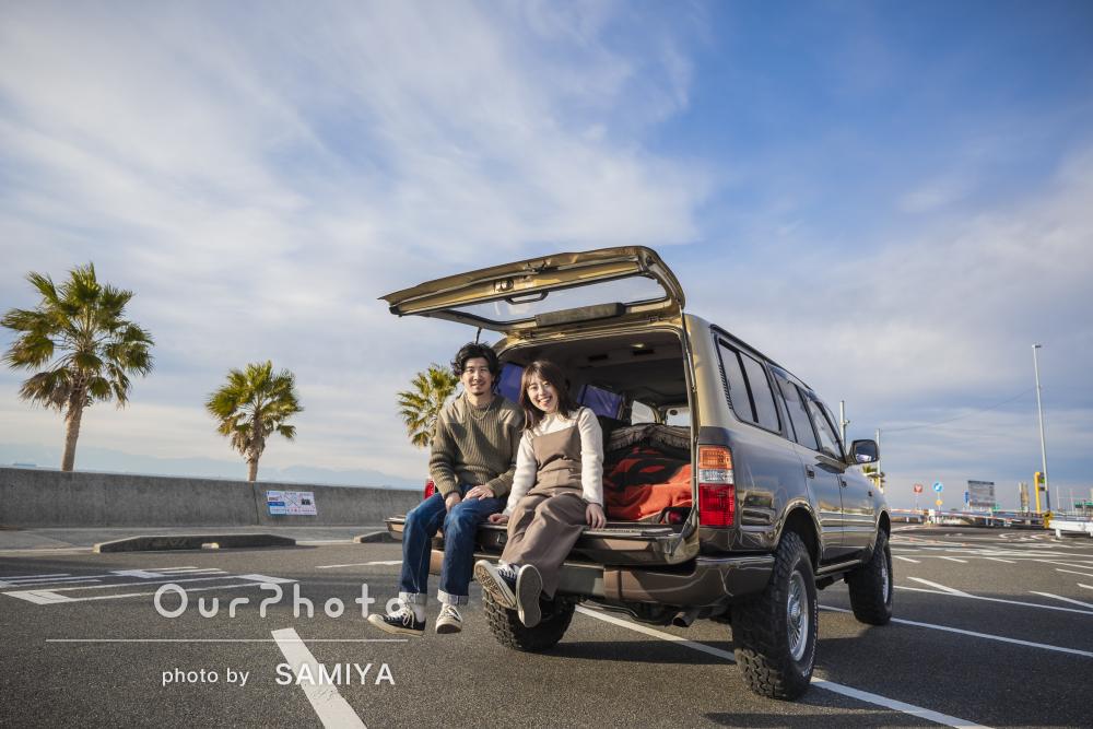「撮影もとても楽しかった」ビーチで愛車と一緒にカップルフォトの撮影