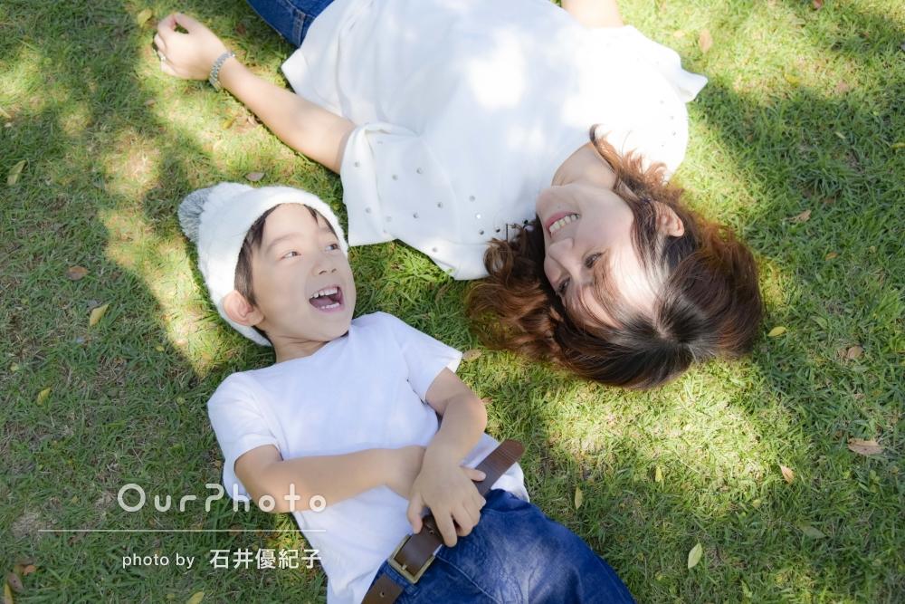 「子供の自然な笑顔」3歳の記録として、お子様メインに親子写真の撮影