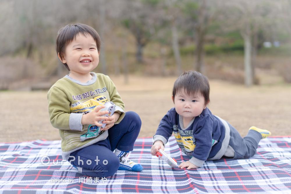 「思い出に残る一瞬を撮り逃さない」楽しい雰囲気で家族写真の撮影
