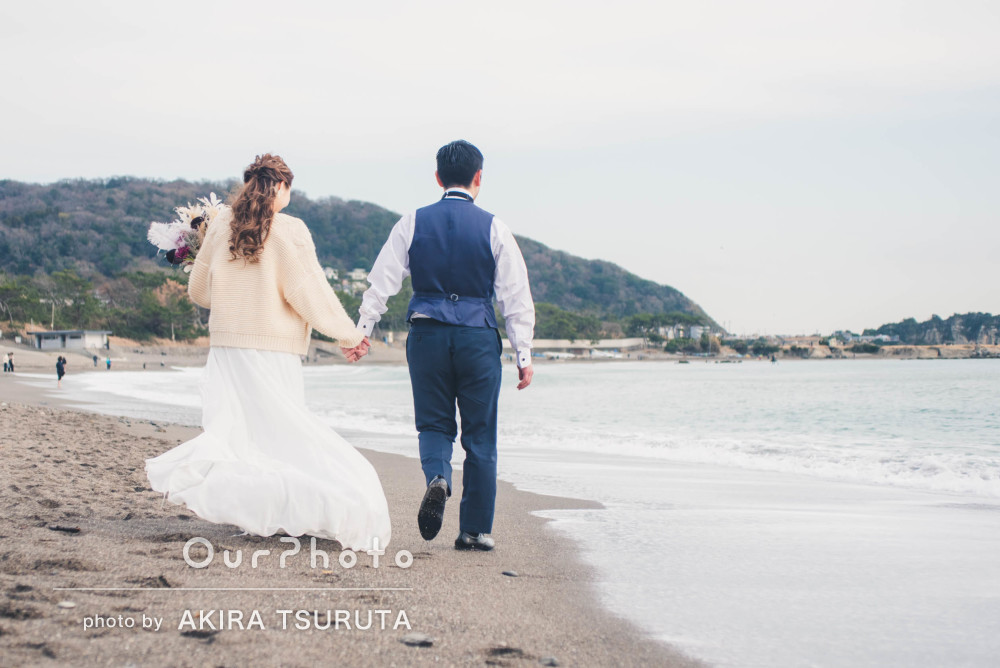 「結婚式の受付やムービーで使用する予定です」浜辺で結婚式の前撮り