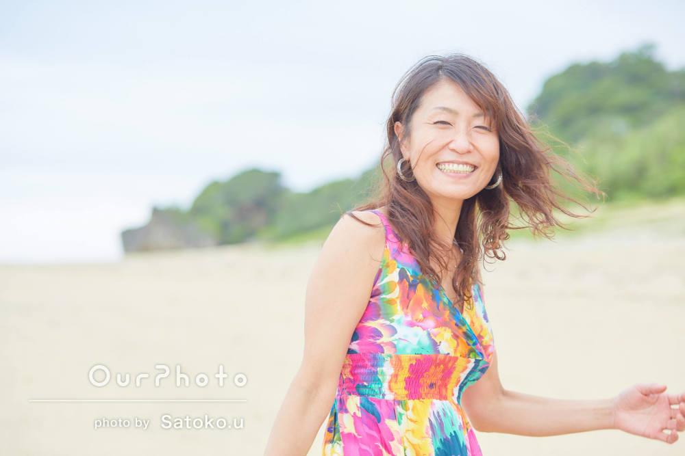 「貴重な経験をさせて頂きました」沖縄の海で女性プロフィール写真の撮影
