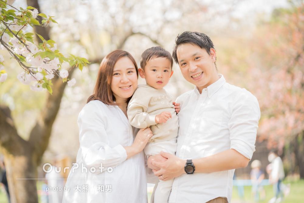 「子供の躍動感や笑顔が伝わってきました」柔らかな家族写真の撮影
