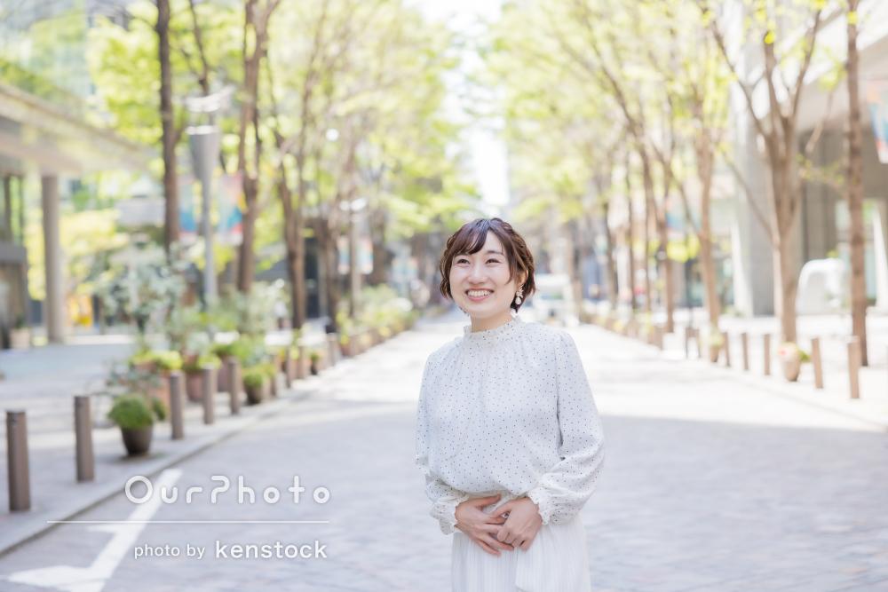 「自分を再発見した気分です」東京駅付近で女性プロフィール写真の撮影