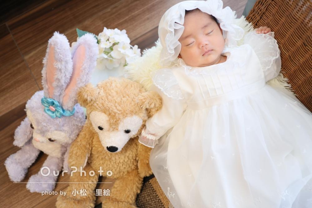 小物やドレスでバリエーション豊かに!ご自宅でのニューボーンフォトの撮影