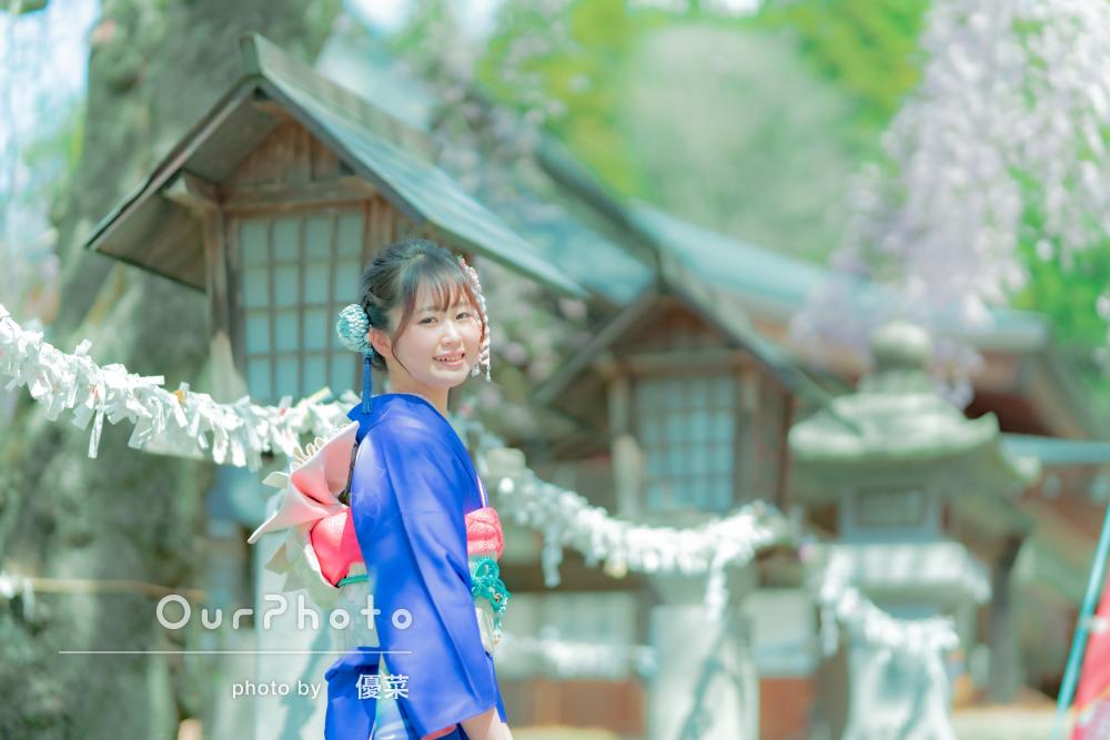 「本当にお願いして良かったと思いました」桜を背景に成人式の撮影