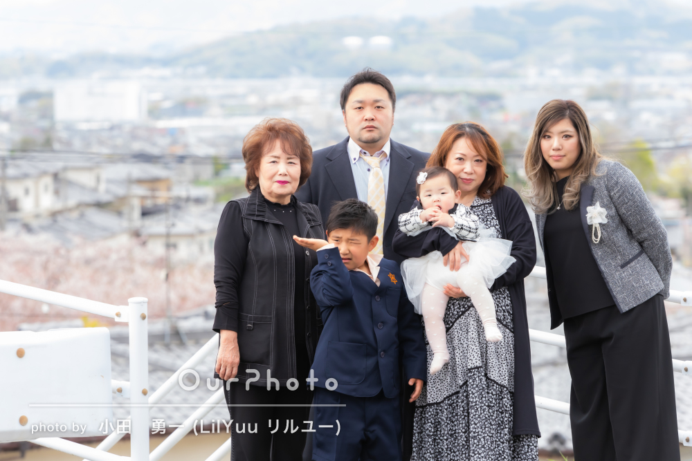 「楽しく撮影ができました」小学校入学記念に学校付近で家族写真の撮影