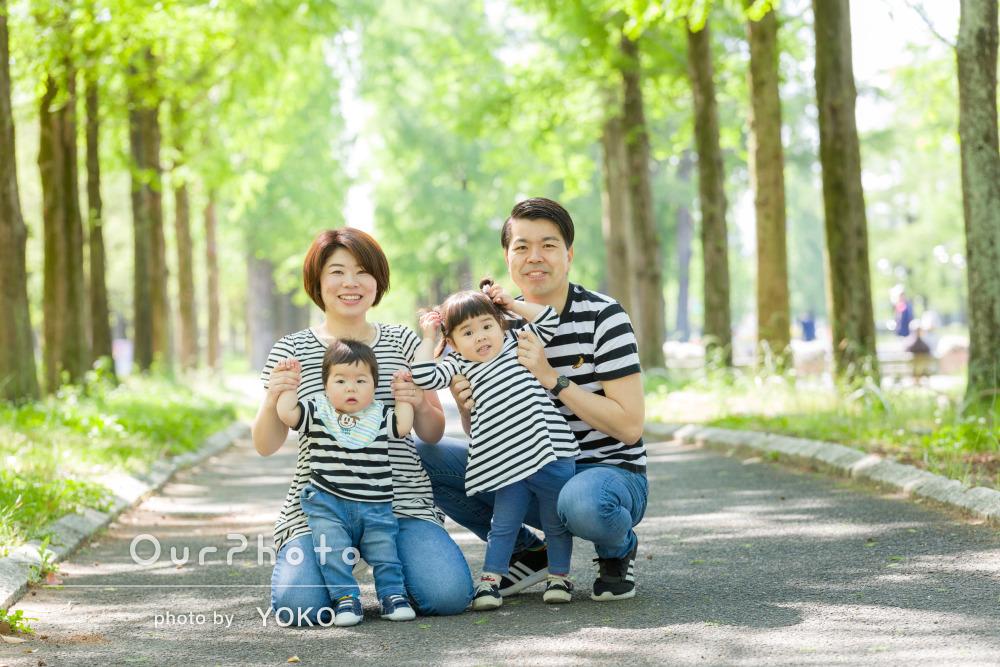 「躍動感いっぱい」3歳と1歳のバースデー記念に家族写真の撮影