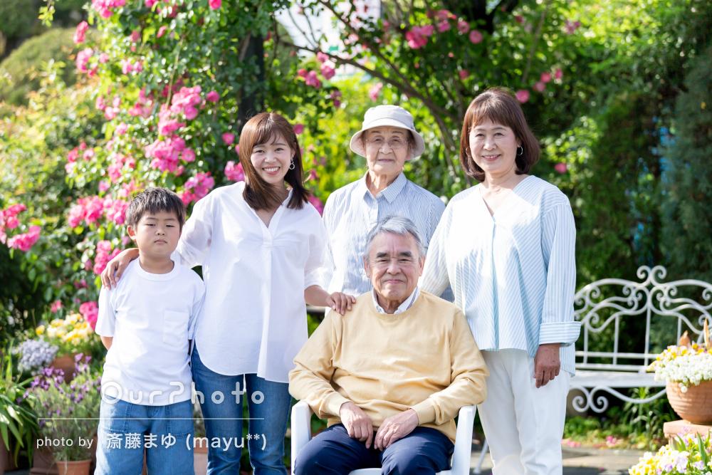 「素敵な時間を過ごせました」家族の絆を感じる素晴らしい家族写真の撮影