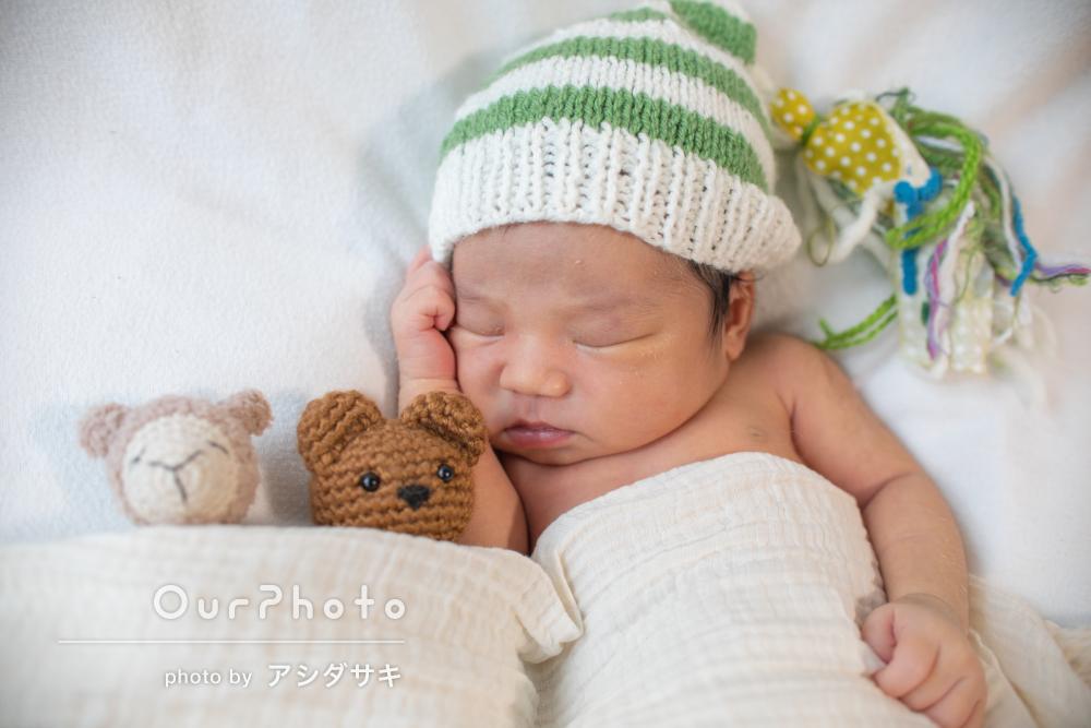 「赤ちゃんに対する接し方がとても優しく」ニューボーンフォトの撮影